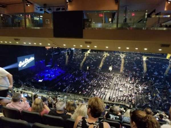 Madison Square Garden, sección: 225, fila: 19, asiento: 6