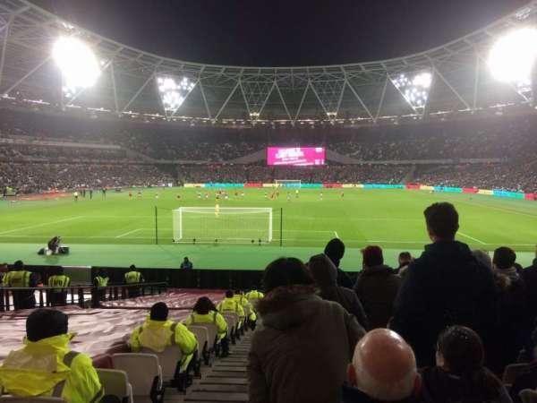 London Stadium, sección: 124, fila: 22, asiento: 519