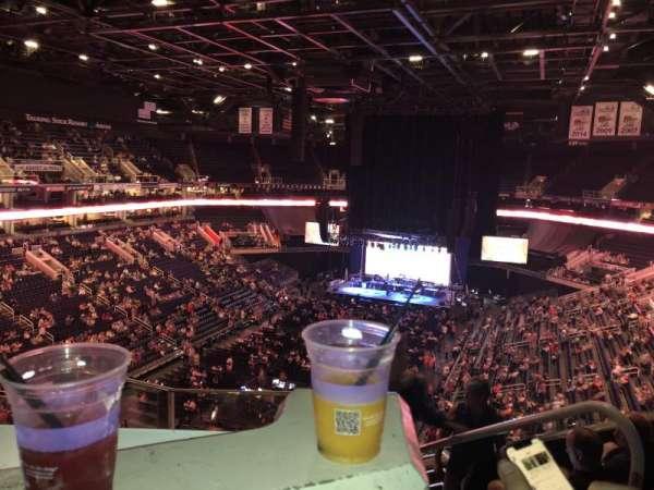 Talking Stick Resort Arena, sección: 209, fila: 6, asiento: 3