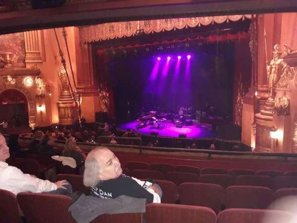 Beacon Theatre, sección: Loge4, fila: F, asiento: 38-40