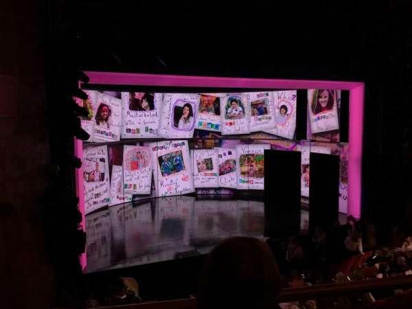 August Wilson Theatre, sección: Mezzanine, fila: B, asiento: 13