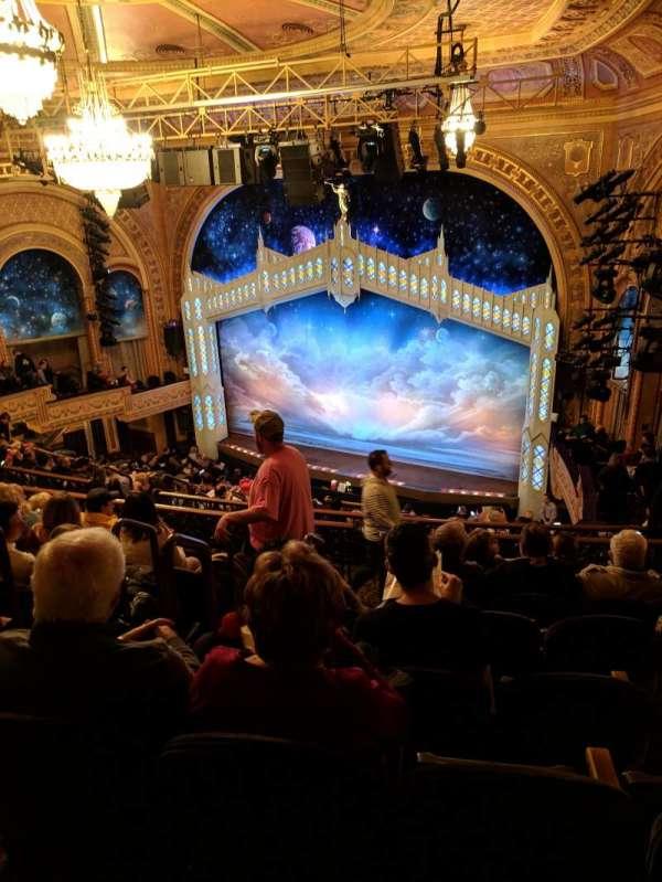 Eugene O'Neill Theatre, sección: rear mezz right, fila: L, asiento: 2