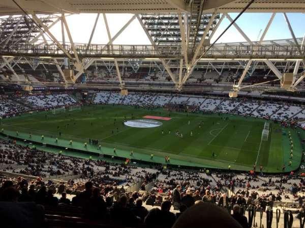 London Stadium , sección: 240, fila: 70, asiento: 314