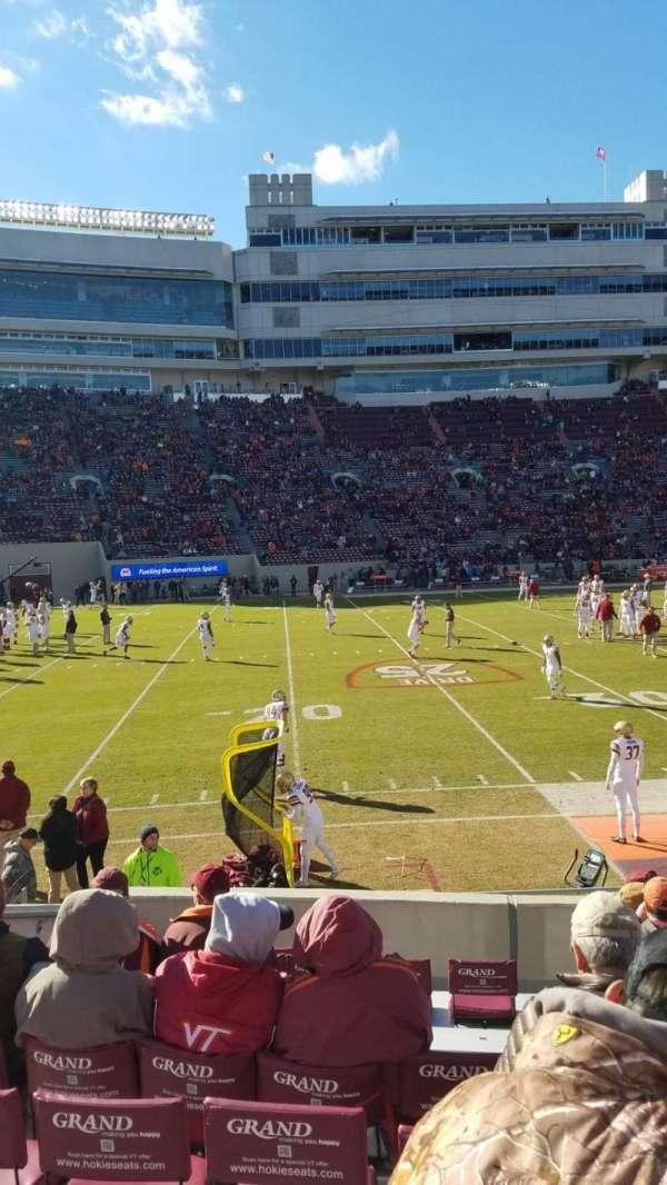 Lane Stadium, sección: 15, fila: N, asiento: 10