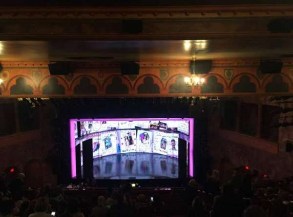 August Wilson Theatre, sección: Mezzanine, fila: P, asiento: 103-105