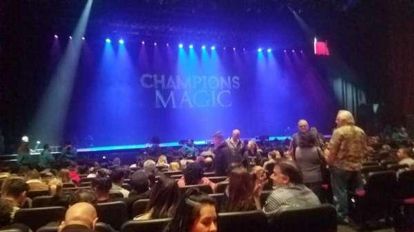 Microsoft Theater, sección: Orchestra, fila: L, asiento: 403