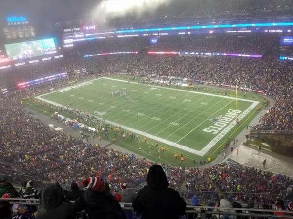 Gillette Stadium, sección: 302, fila: 24, asiento: 12