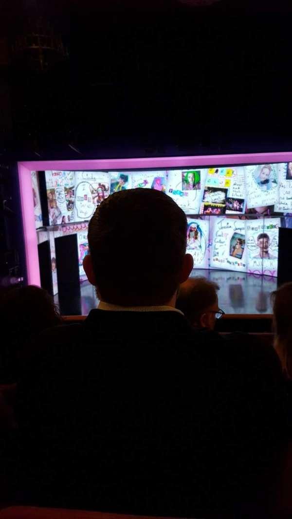 August Wilson Theatre, sección: MezzC, fila: C, asiento: 110