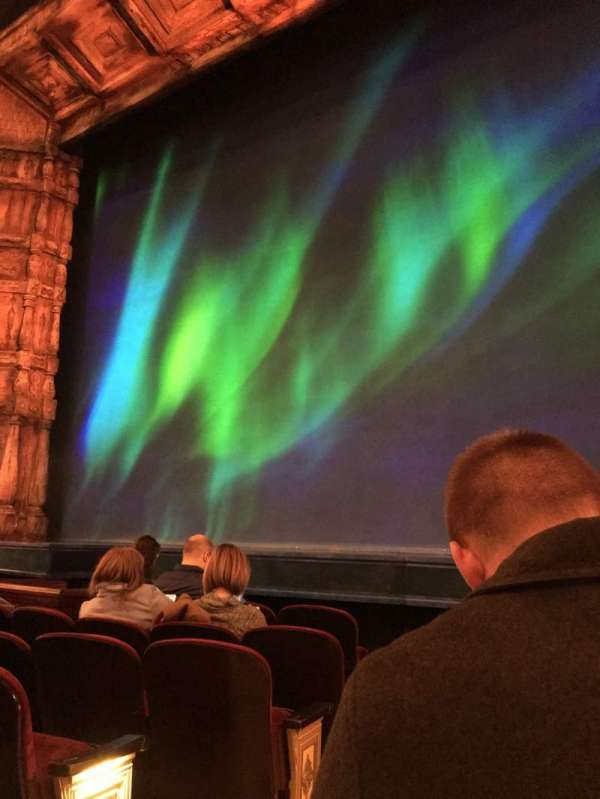St. James Theatre, sección: Orchestre, fila: E, asiento: 2