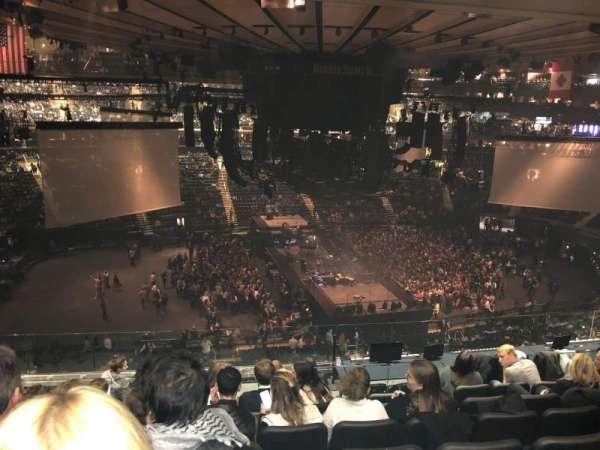 Madison Square Garden, sección: 223, fila: 10, asiento: 4