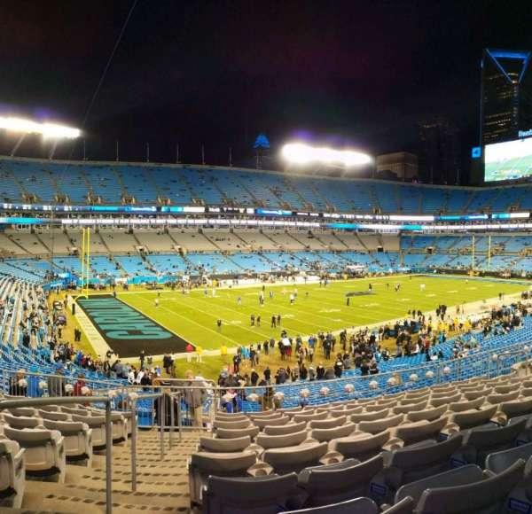 Bank of America Stadium, sección: 349, fila: 10, asiento: 13