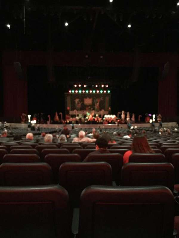 Microsoft Theater, sección: Orchestra, fila: PP, asiento: 319