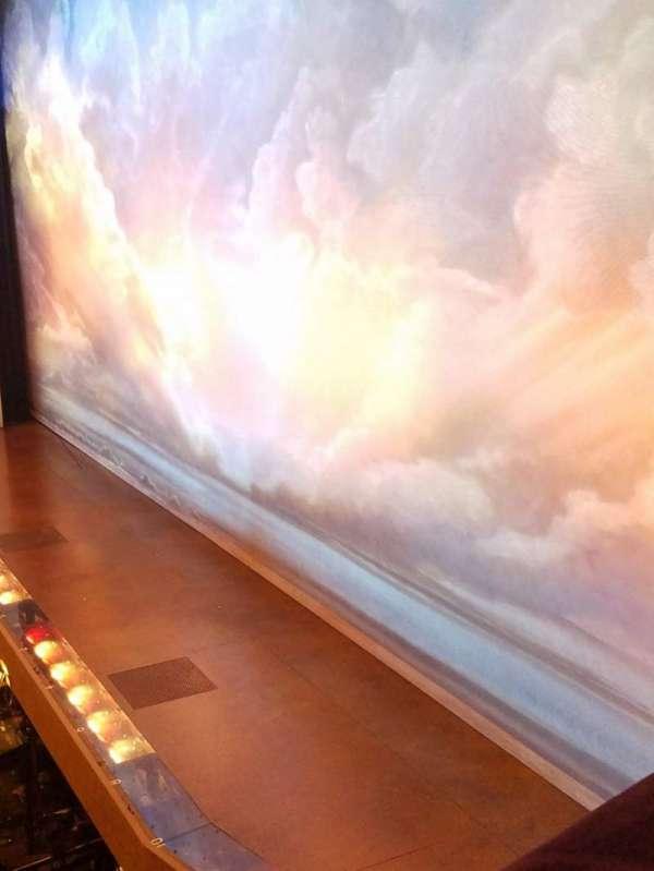 Eugene O'Neill Theatre, sección: Right box, fila: A, asiento: 3