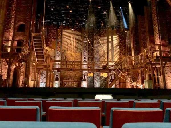 Spectrum Center, sección: Orchestra Center, fila: C, asiento: 310