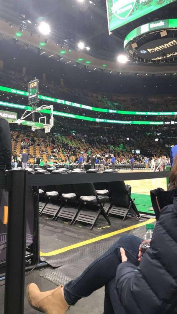 TD Garden, sección: Loge 3, fila: B, asiento: 11