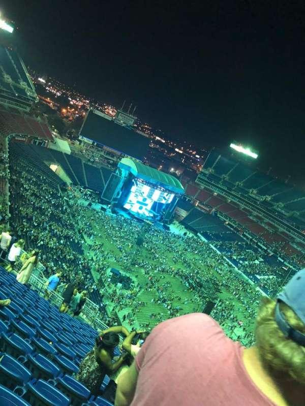 Nissan Stadium, sección: 327, fila: Y, asiento: 9