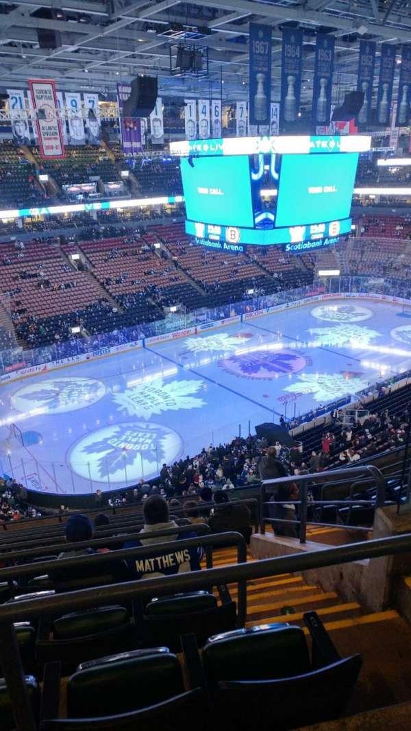 Scotiabank Arena, sección: 324, fila: 10, asiento: 4