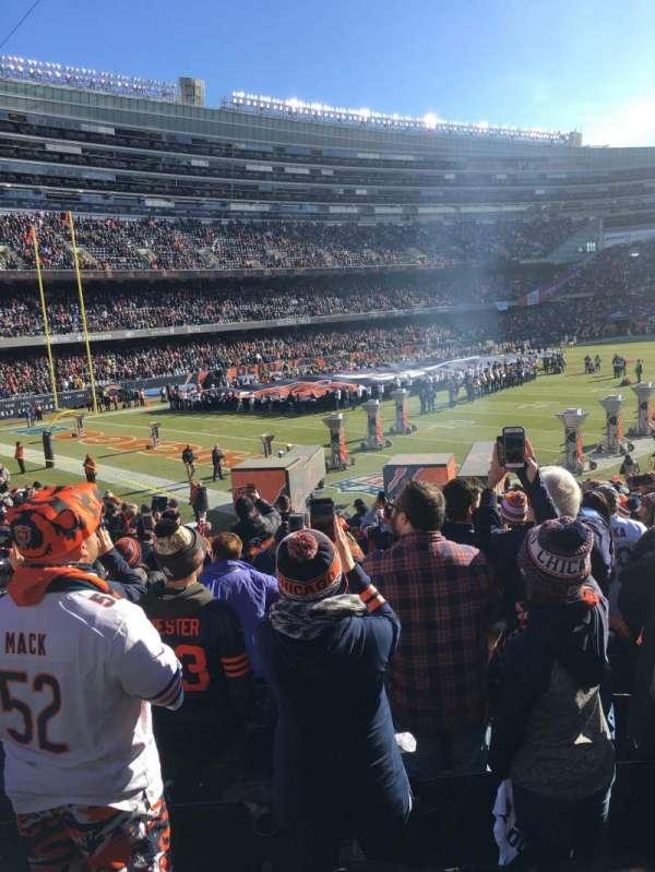 Soldier Field, sección: 146, fila: 19, asiento: 8