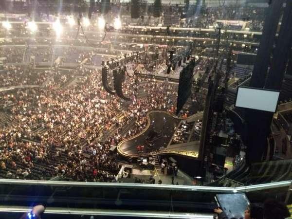 Staples Center, sección: 332, fila: 6, asiento: 10