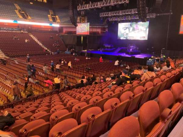 Mohegan Sun Arena, sección: 16
