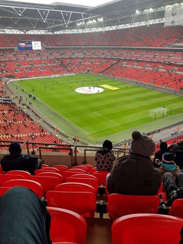 Wembley Stadium, sección: 544, fila: 10, asiento: 145