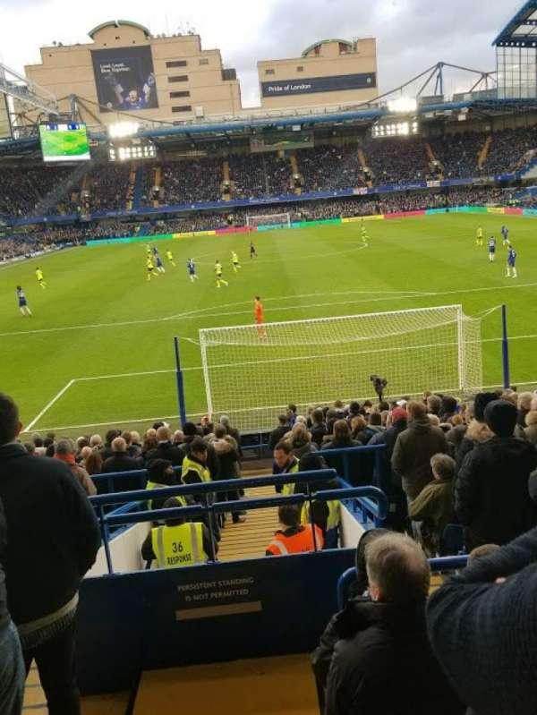 Stamford Bridge, sección: Matthew Harding Lower - L12, fila: X, asiento: 84