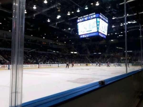 Blue Cross Arena, sección: 104, fila: A, asiento: 8