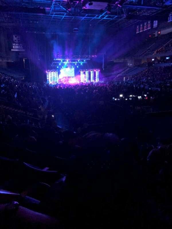 Toyota Arena, sección: 112, fila: M, asiento: 3