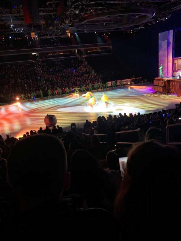 Capital One Arena, sección: 110, fila: Q, asiento: 19