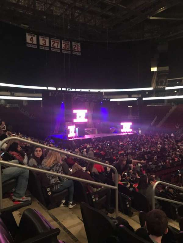 Prudential Center, sección: 20, fila: 16, asiento: 15