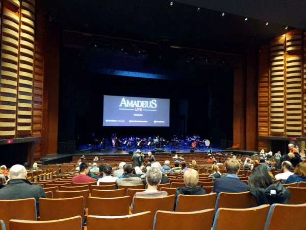 Sony Centre for the Performing Arts, sección: orch, fila: V, asiento: 24