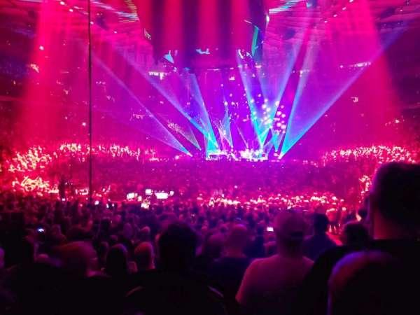 Madison Square Garden, sección: 103, fila: 10, asiento: 8
