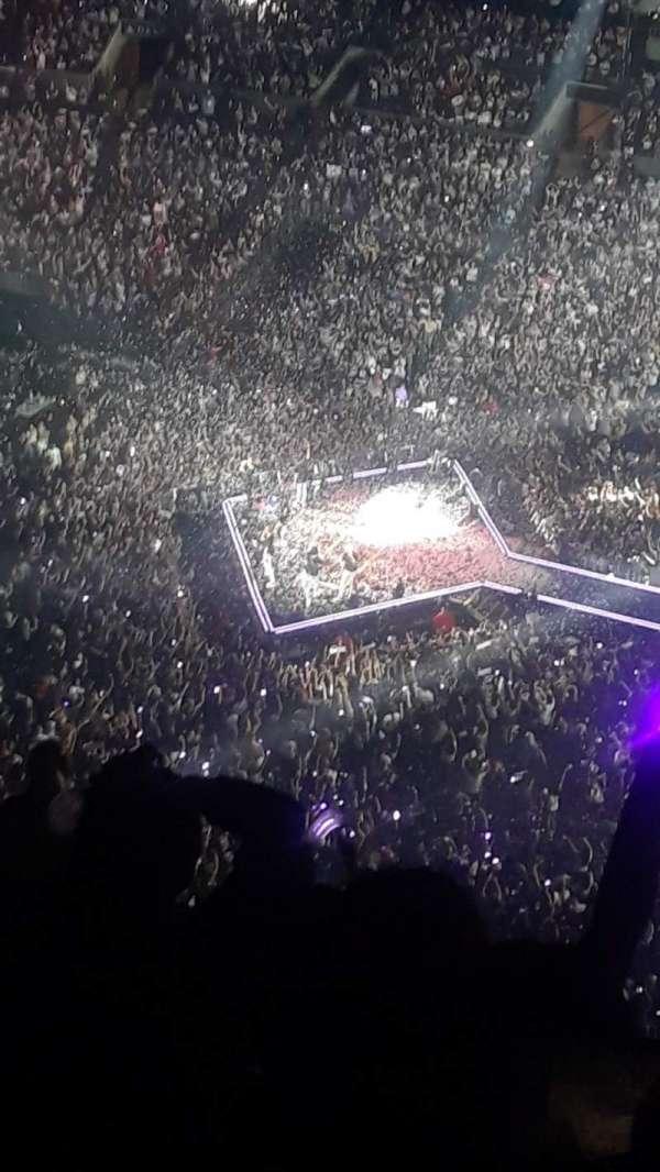 Staples Center, sección: 334, fila: 13, asiento: 1
