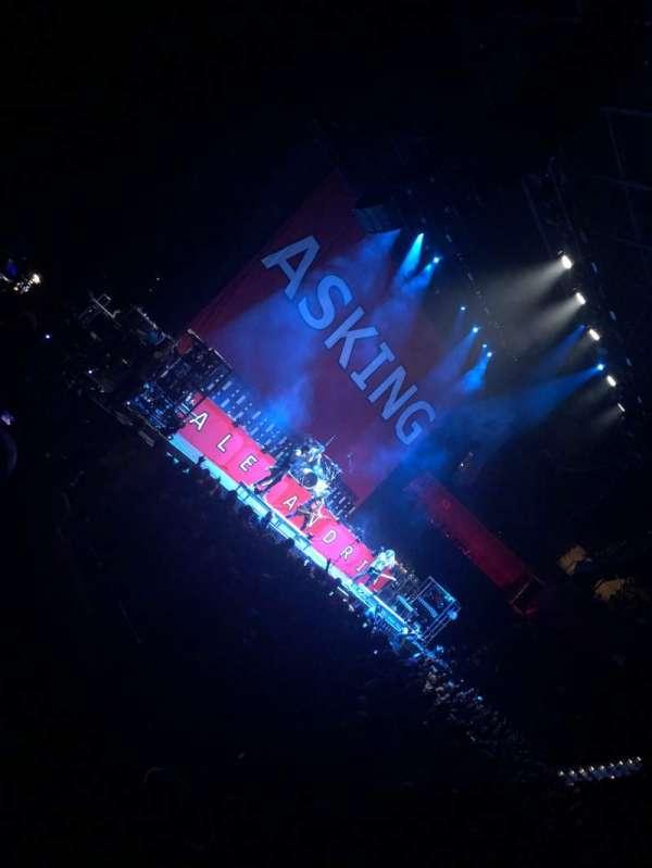 Mohegan Sun Arena, sección: 24, fila: Q, asiento: 20