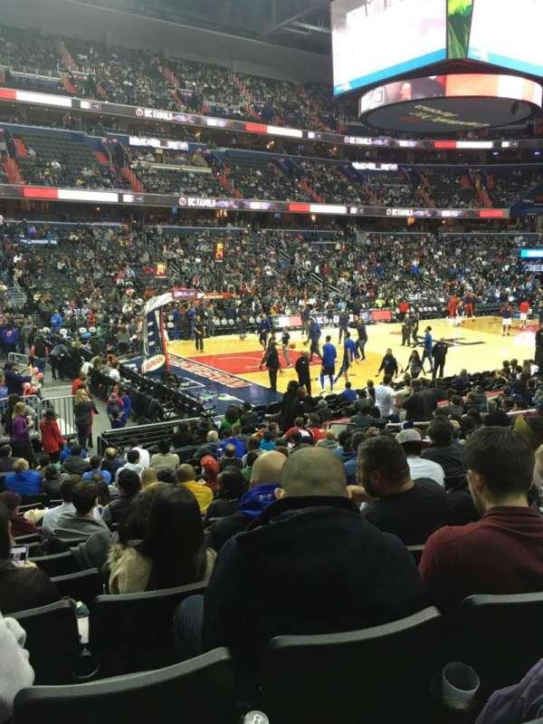 Capital One Arena, sección: 109, fila: O, asiento: 4