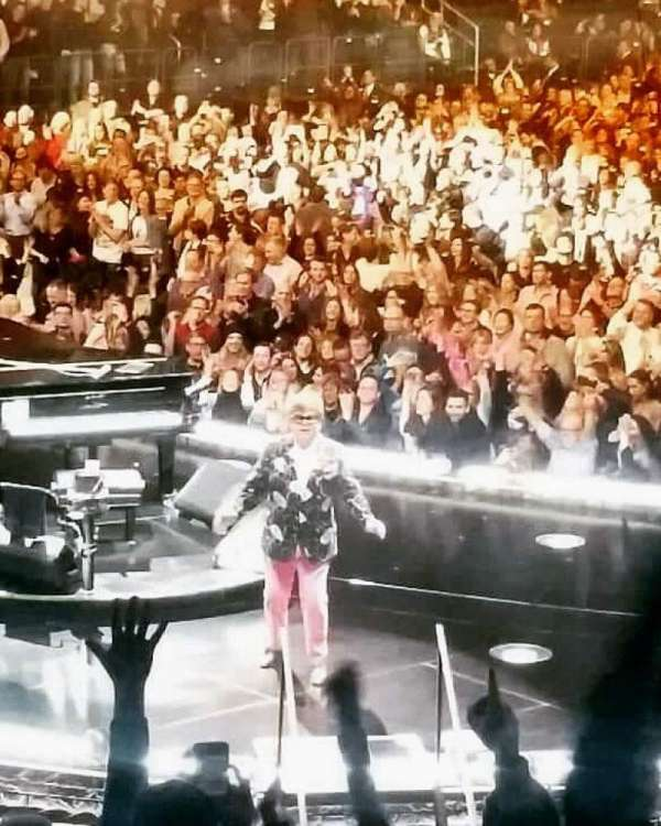 Madison Square Garden , sección: 114, fila: 14, asiento: 16