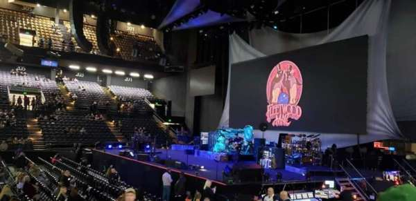 Royal Farms Arena, sección: 106, fila: F, asiento: 9