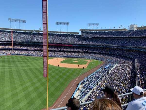 Dodger Stadium, sección: 55RS, fila: C, asiento: 11