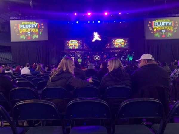 Allstate Arena, sección: 2, fila: 27, asiento: 3
