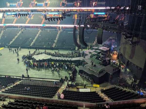 Capital One Arena, sección: 419, fila: A, asiento: 16
