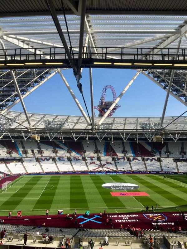 London Stadium, sección: 206, fila: 57, asiento: 483