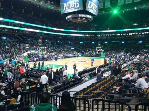 TD Garden, sección: Loge 15, fila: 9, asiento: 2