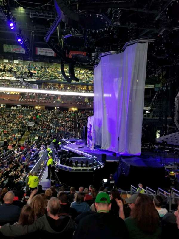 Nationwide Arena, sección: 102, fila: N, asiento: 6