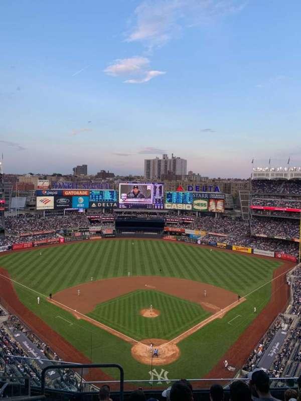 Yankee Stadium, sección: 420b, fila: 7, asiento: 27