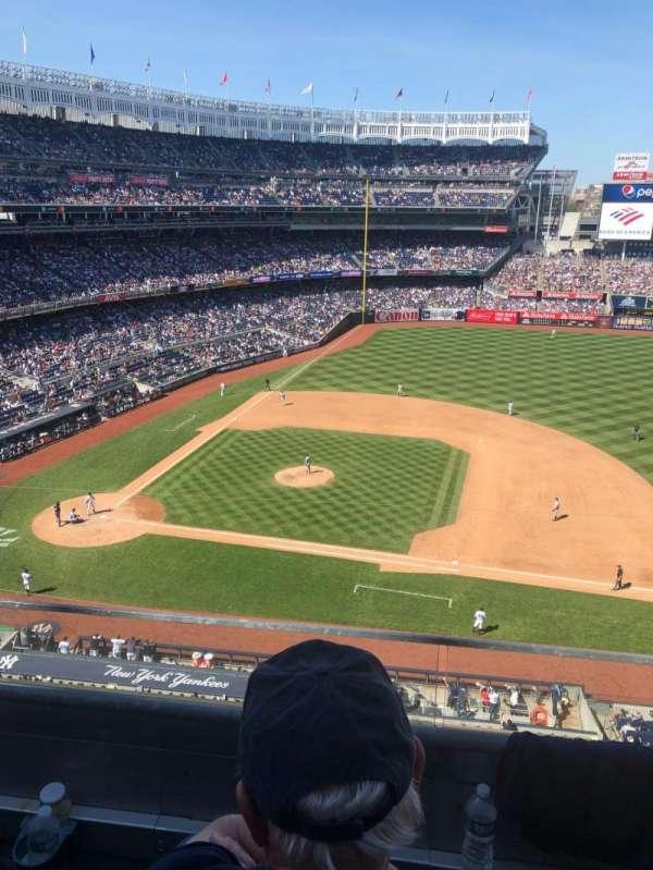 Yankee Stadium, sección: 315, fila: 2, asiento: 7