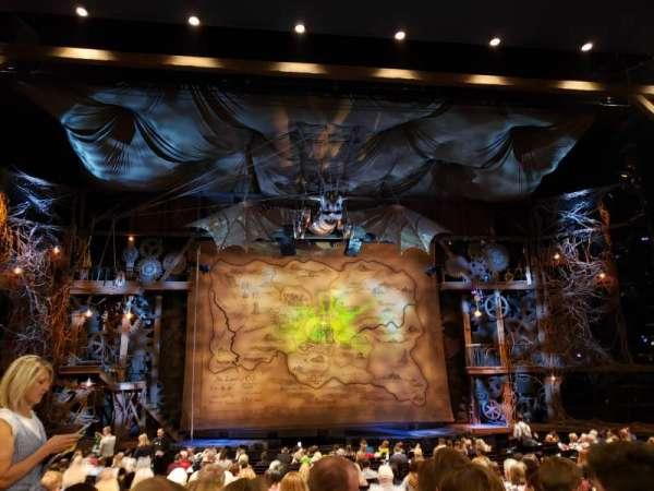 Gershwin Theatre, sección: Orchestra C, fila: R, asiento: 105