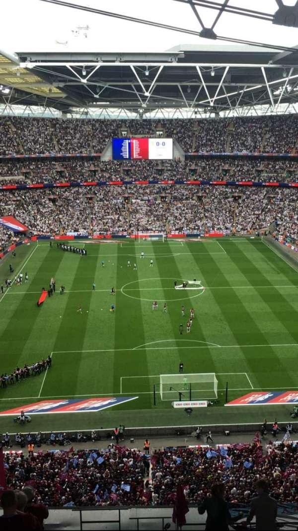 Wembley Stadium, sección: 540, fila: 24, asiento: 19