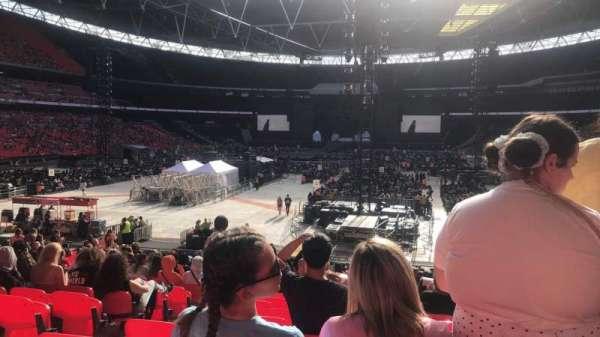 Wembley Stadium, sección: 110, fila: 28, asiento: 222