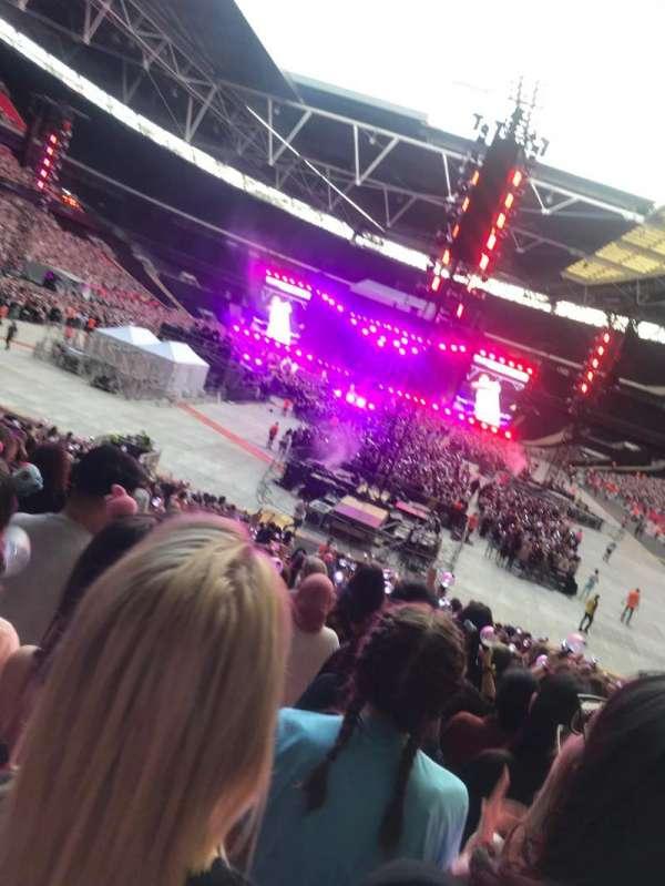 Wembley Stadium, sección: 110, fila: 28, asiento: 2
