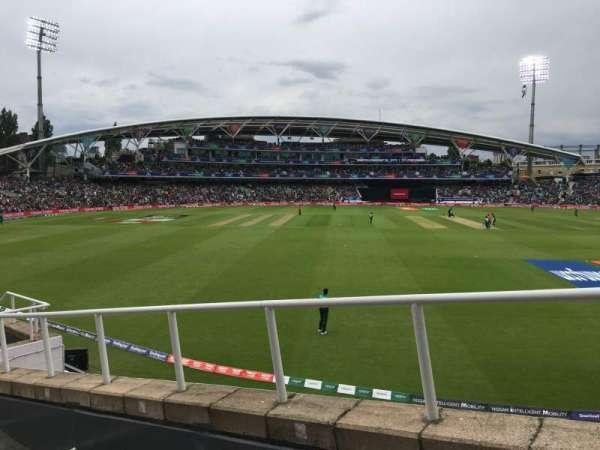 Kia Oval, sección: Bedser Stand Upper, fila: H, asiento: 9